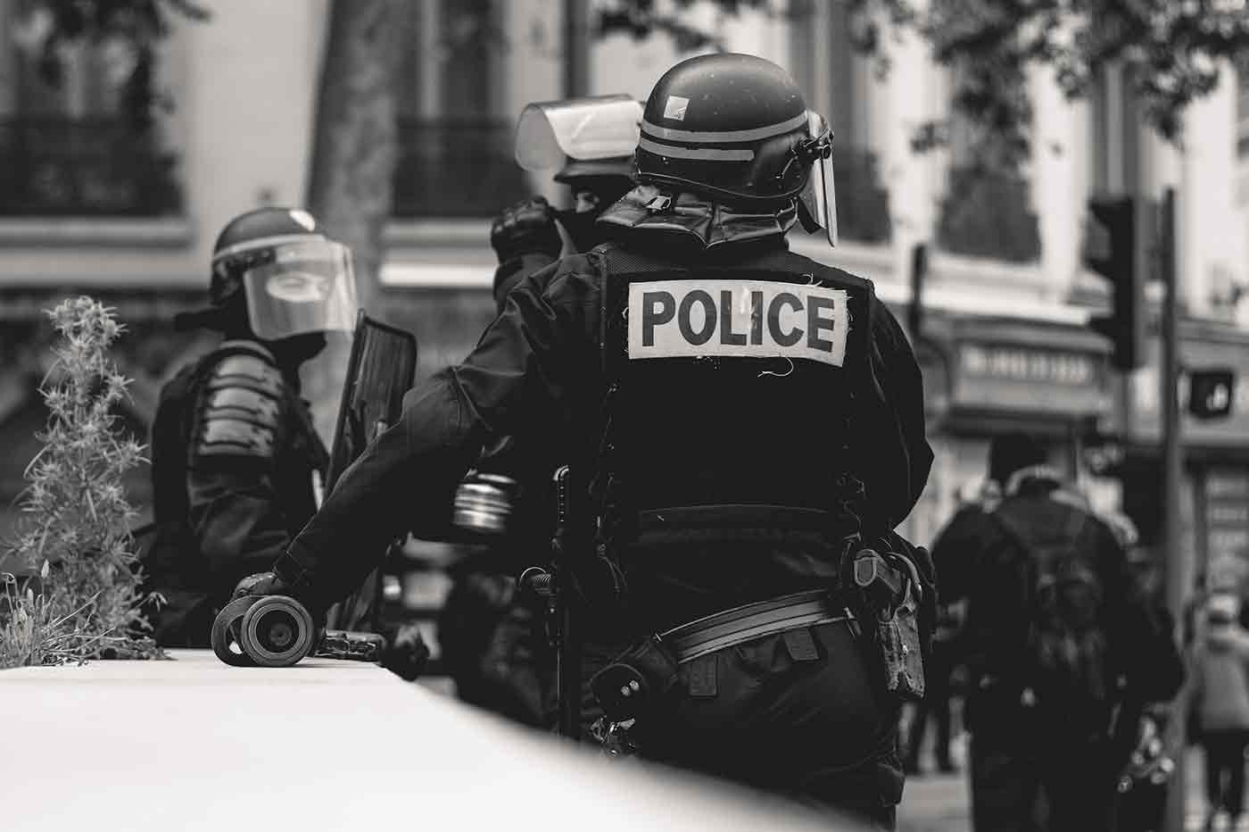 Siri Apple police interpellation